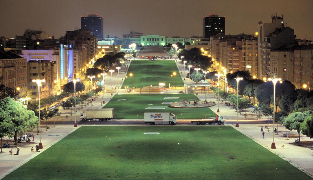 alameda square_almirante reis