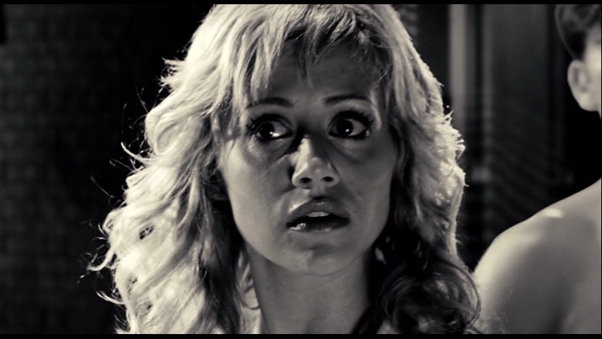 Brittany-in-Sin-City-brittany-murphy-12235456-853-480