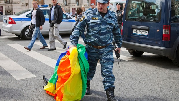 russia-moscow-gay-pride-riot-620x350