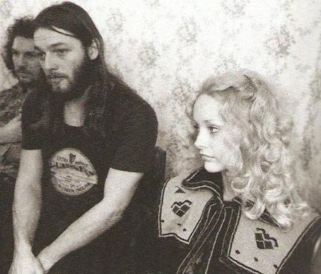 David & Ginger Gilmour, η πρώτη του σύζυγος
