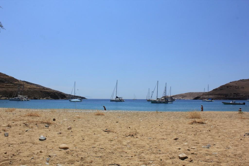 Η παραλία στα Γάνεμα.
