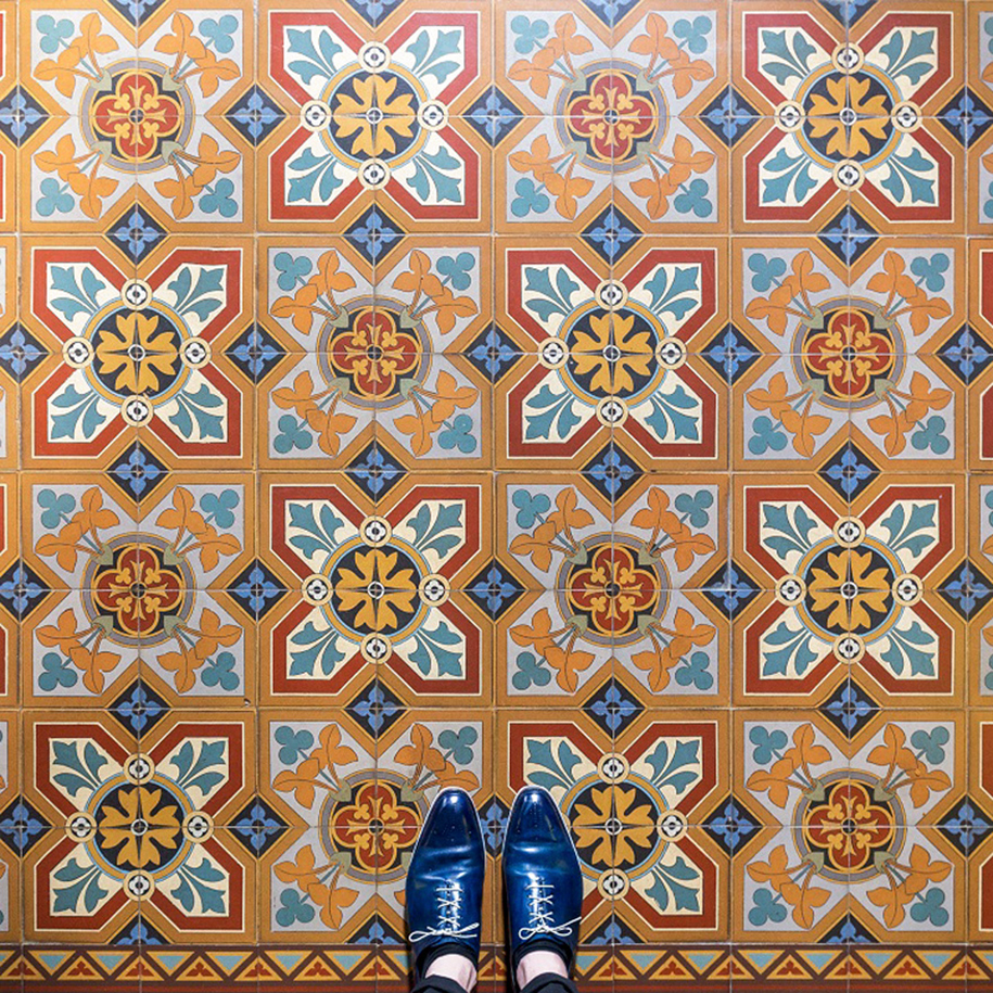culture-under-foot-colorful-tiles-barcelona-7-2