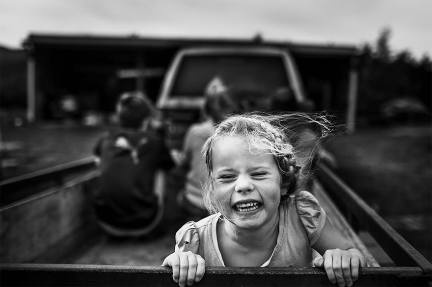 raw-childhood-without-electronic-devices-niki-boon-new-zealand-13