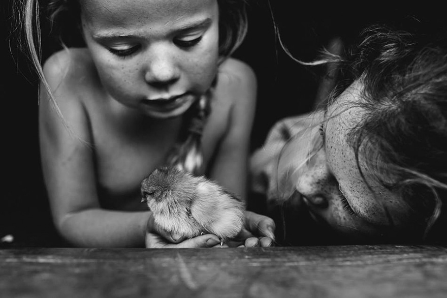 raw-childhood-without-electronic-devices-niki-boon-new-zealand-44 (1)
