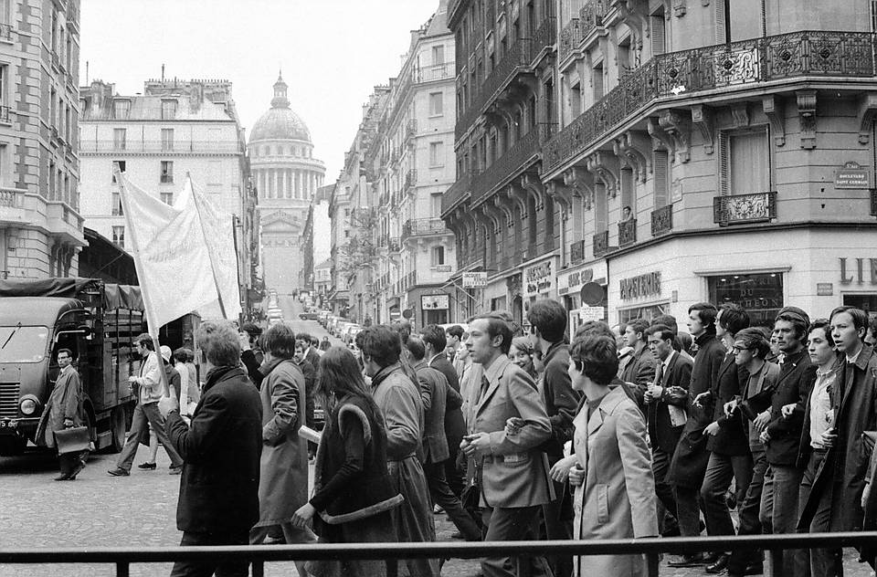 Angle rue des Carmes (Maubert Mutualité)