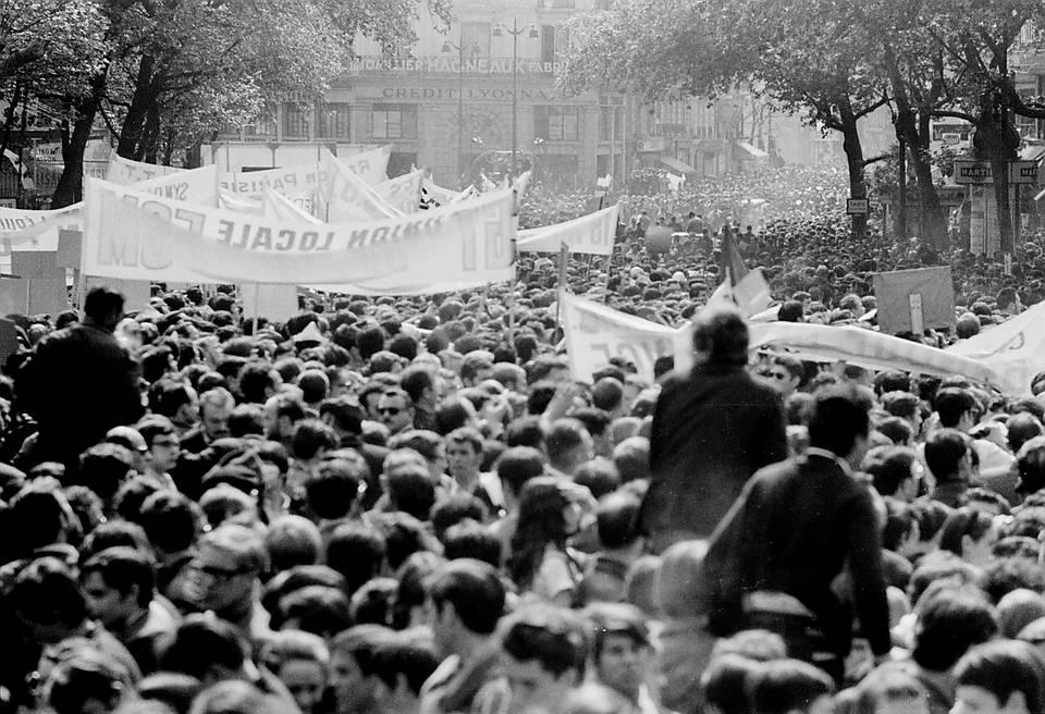 Manifestation de République à Denfert